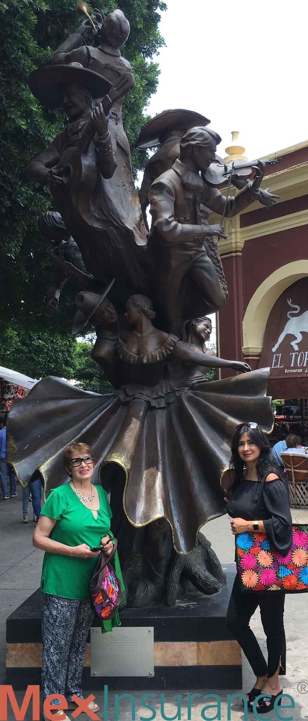 Bronze Statue Jarabe Tapatio Mariachi Tlaquepaque