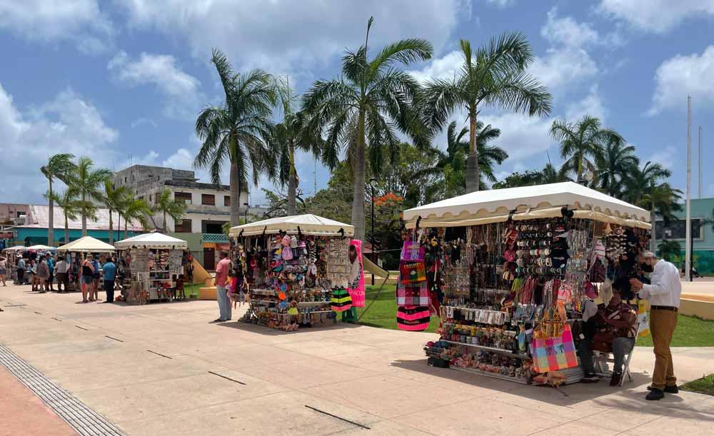 Cozumel-San Miguel Shopping