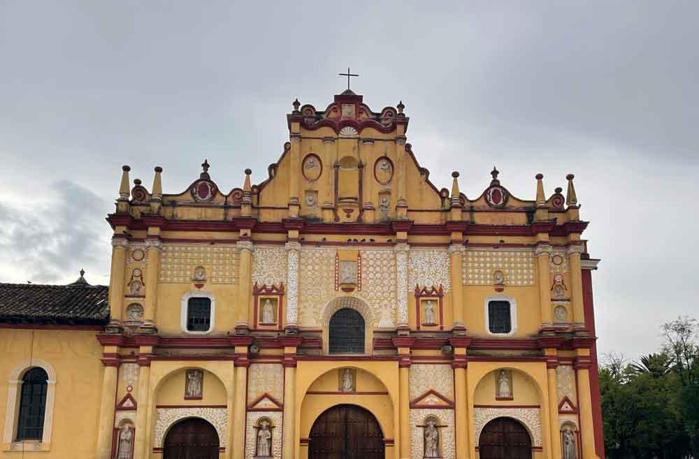San-cristobal-de-las-casas-Cathedral-of-San-Cristobal